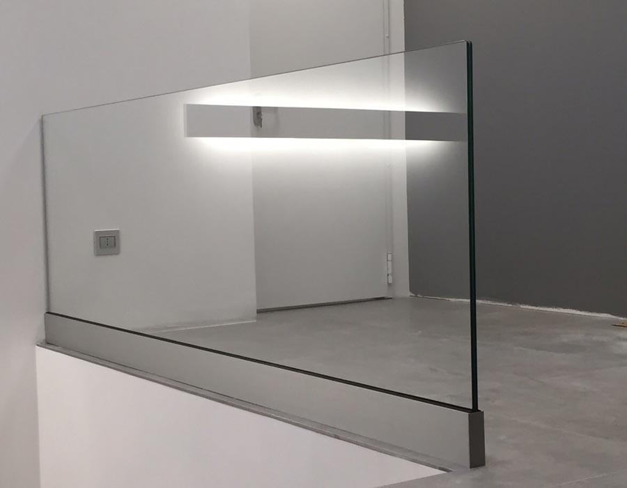 Vivere il vetro creazioni scale in vetro parapetti in vetro porte in vetro - Parapetti in vetro per scale ...